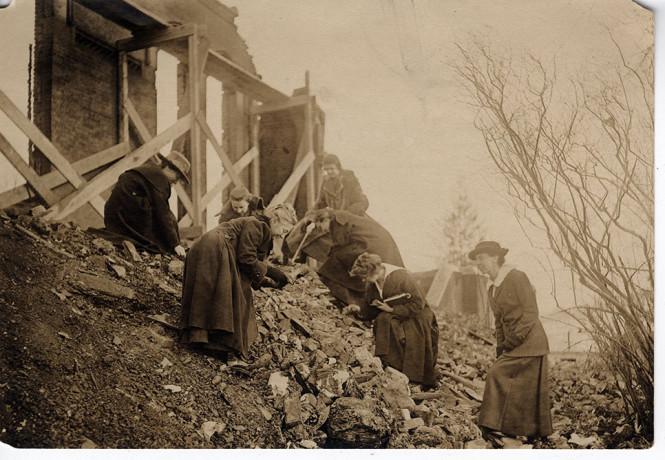 Williston Hall Fire, 1917