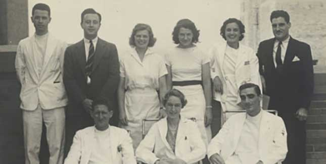 Apgar with colleagues at Columbia-Presbyterian Hospital, middle front row.