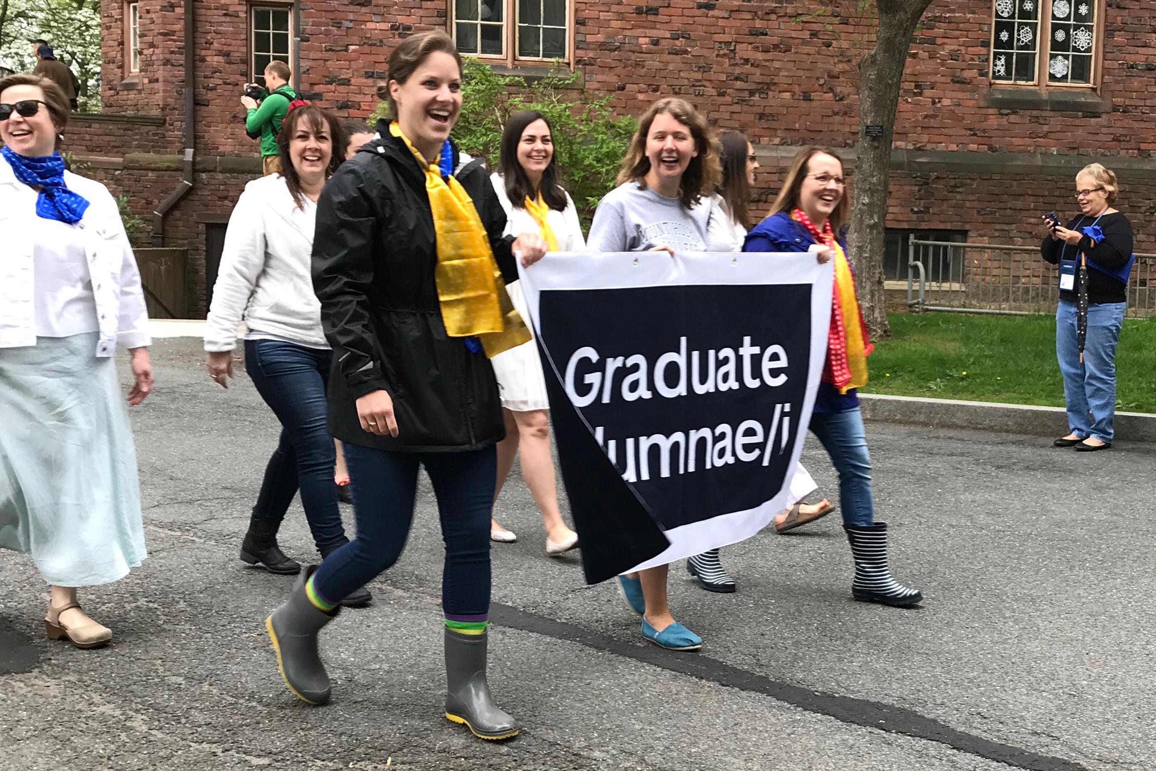 Graduate Alumnae/i